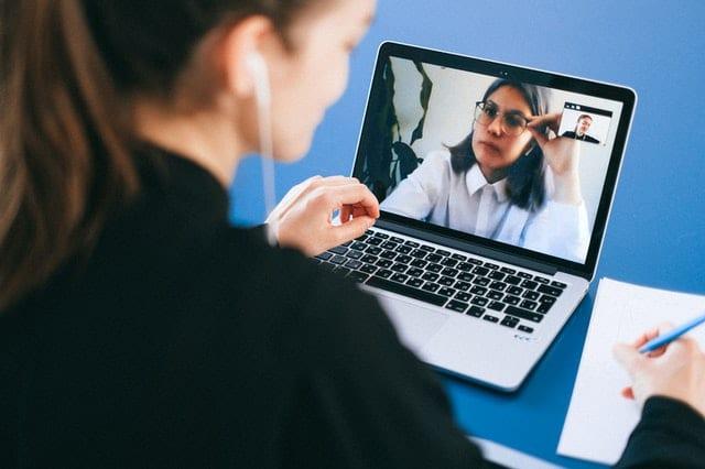 通過線上會議可以節省更多時間
